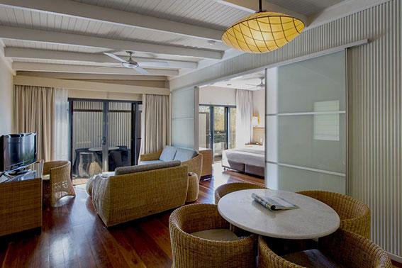 Courtyard One Bedroom Suite - Lounge