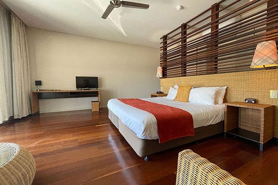 Pool View King Room bedroom